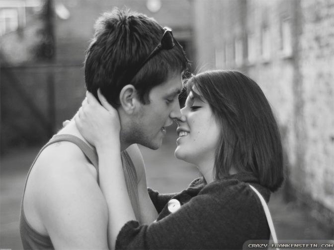 Projeto First Kiss, 20 desconhecidos se beijando