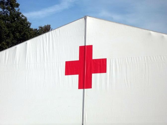 Como se tornar um profissional da Cruz Vermelha Internacional
