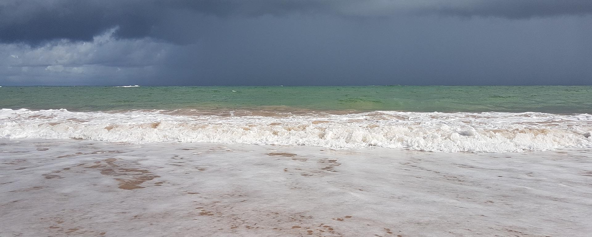 É possível ser feliz em meio as tempestades