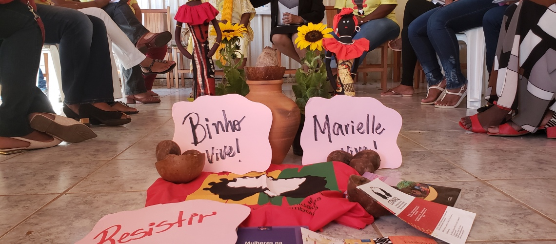 Dona Marinete e dona Bernadete (mãe de Marielle Franco e mãe Binho do Quilombo)